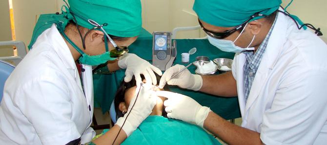 علاج الأسنان في الهند